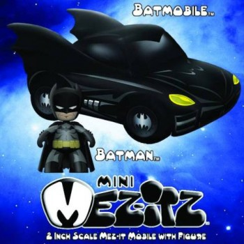 696198371802_Batman_Mini-Mezitz_with_Batmobile