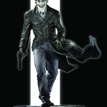 761941297941_Batman_Black_and_White_Joker_Statue_by_Lee_Bermejo